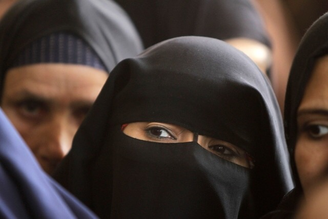 St. Gallen and Ticino: 13 proceedings against burqa-wearers