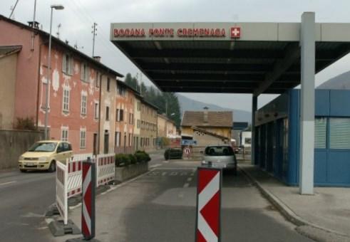 Chiusura notturna, a titolo di prova, di tre valichi di confine secondari in Ticino