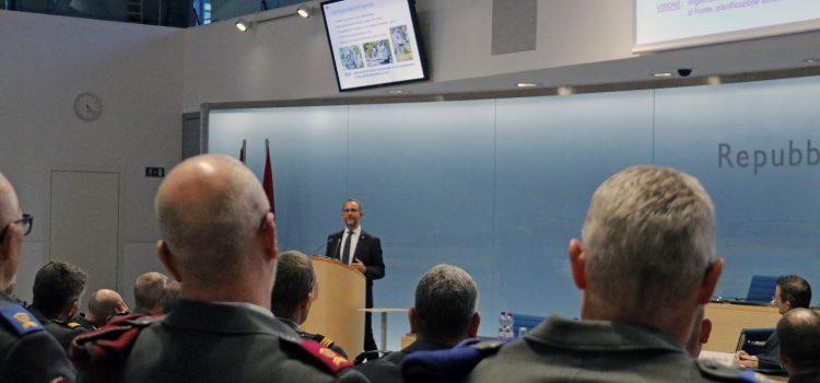Norman Gobbi incontra gli ufficiali e sottufficiali professionisti ticinesi