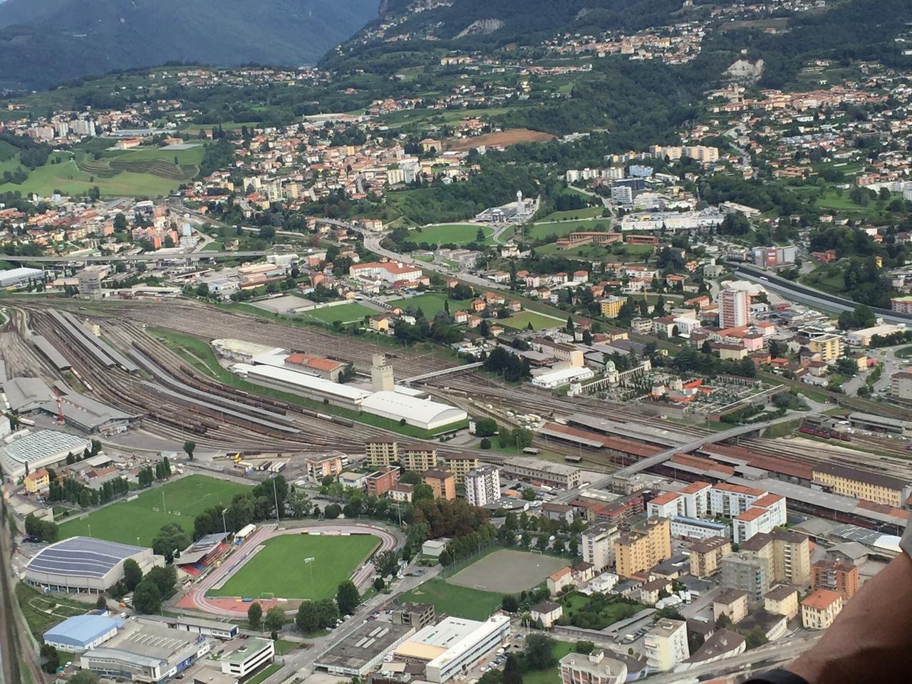 Il Consiglio di Stato in volo sul Ticino, tra territorio e minacce