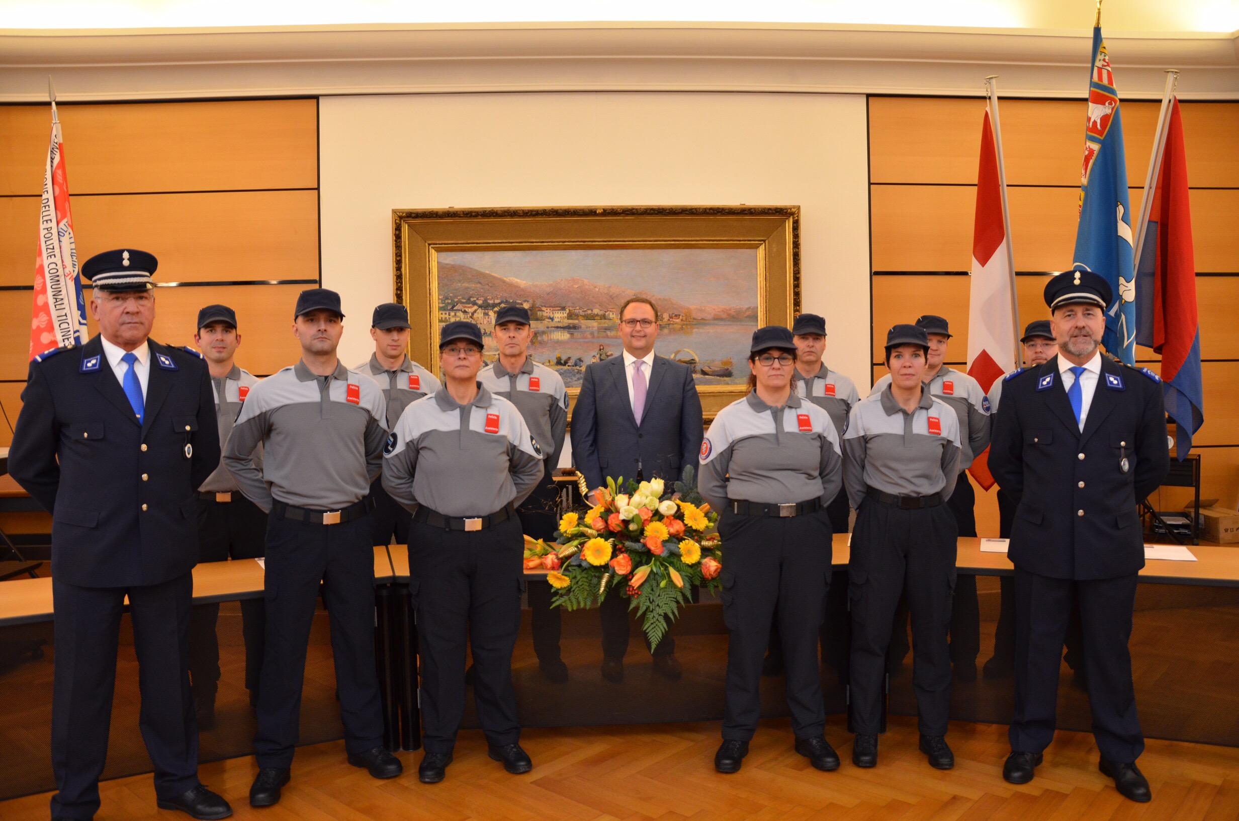 10 nuovi assistenti di Polizia