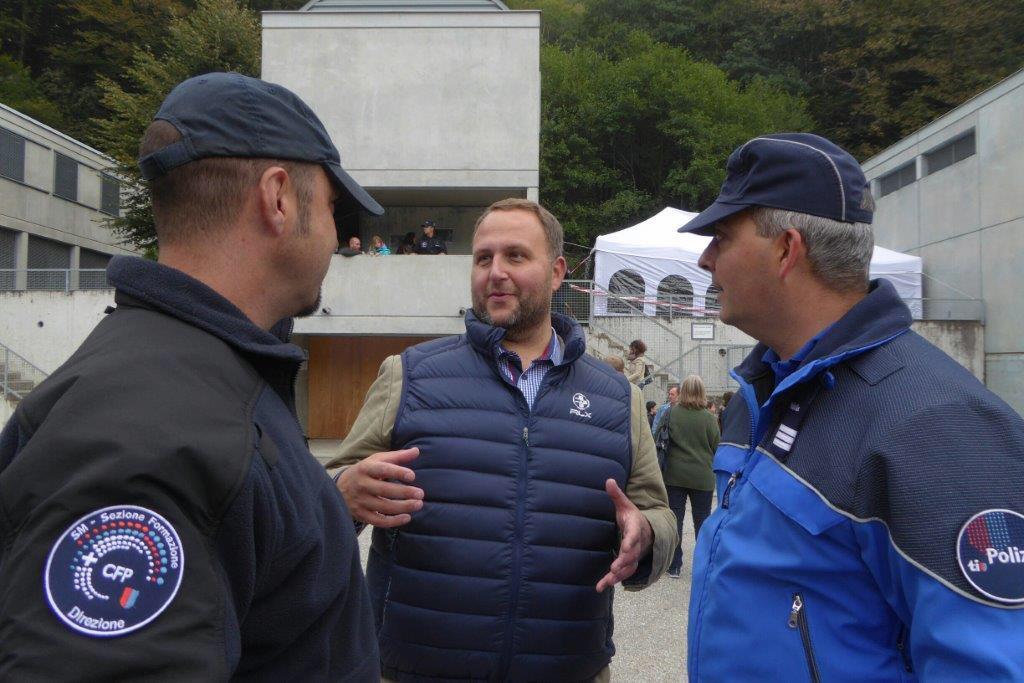 """""""Una giornata con i futuri agenti di polizia"""""""
