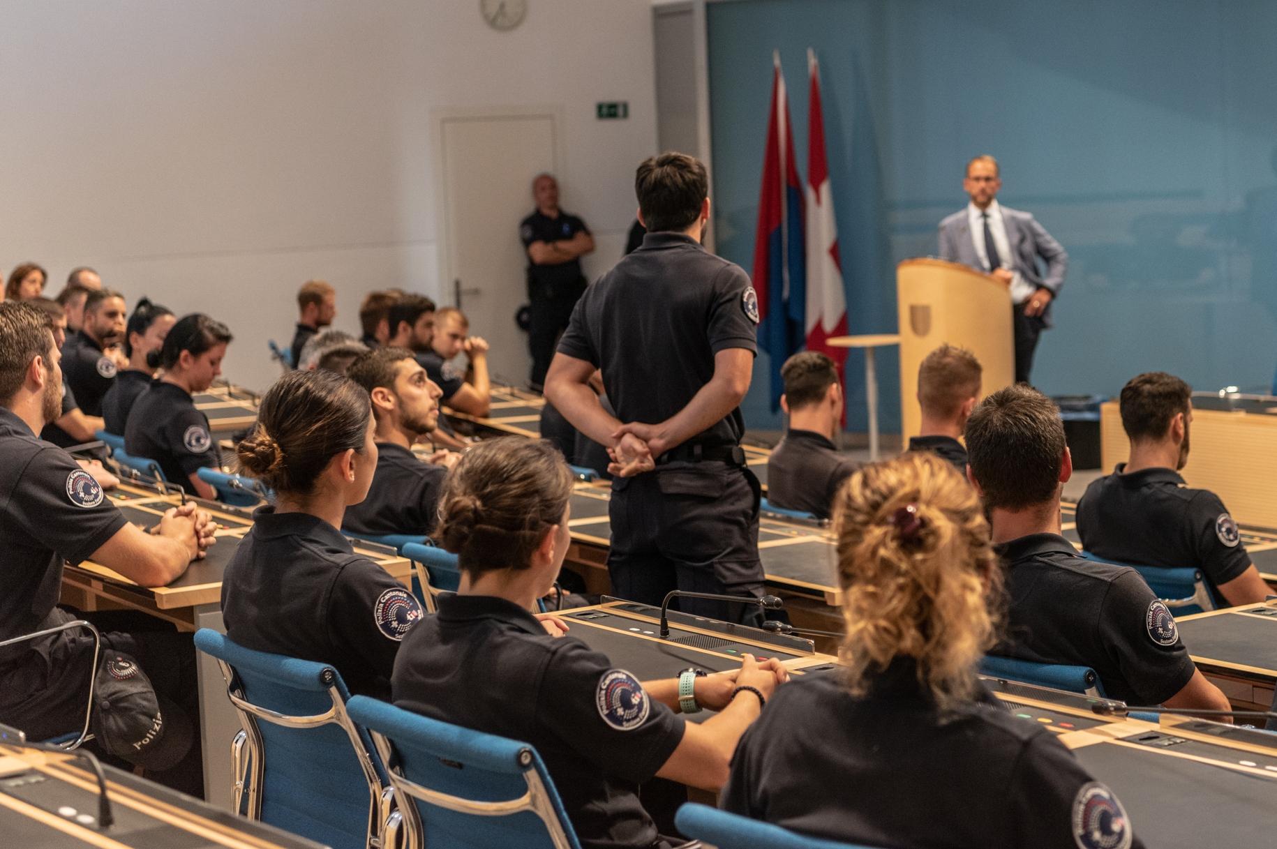 Norman Gobbi incontra gli aspiranti agenti di polizia
