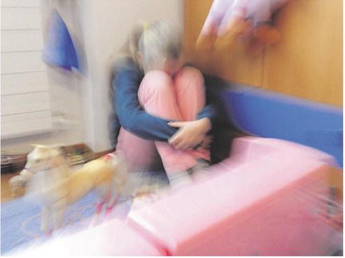 «Violenza su minori: chi sa, parli»