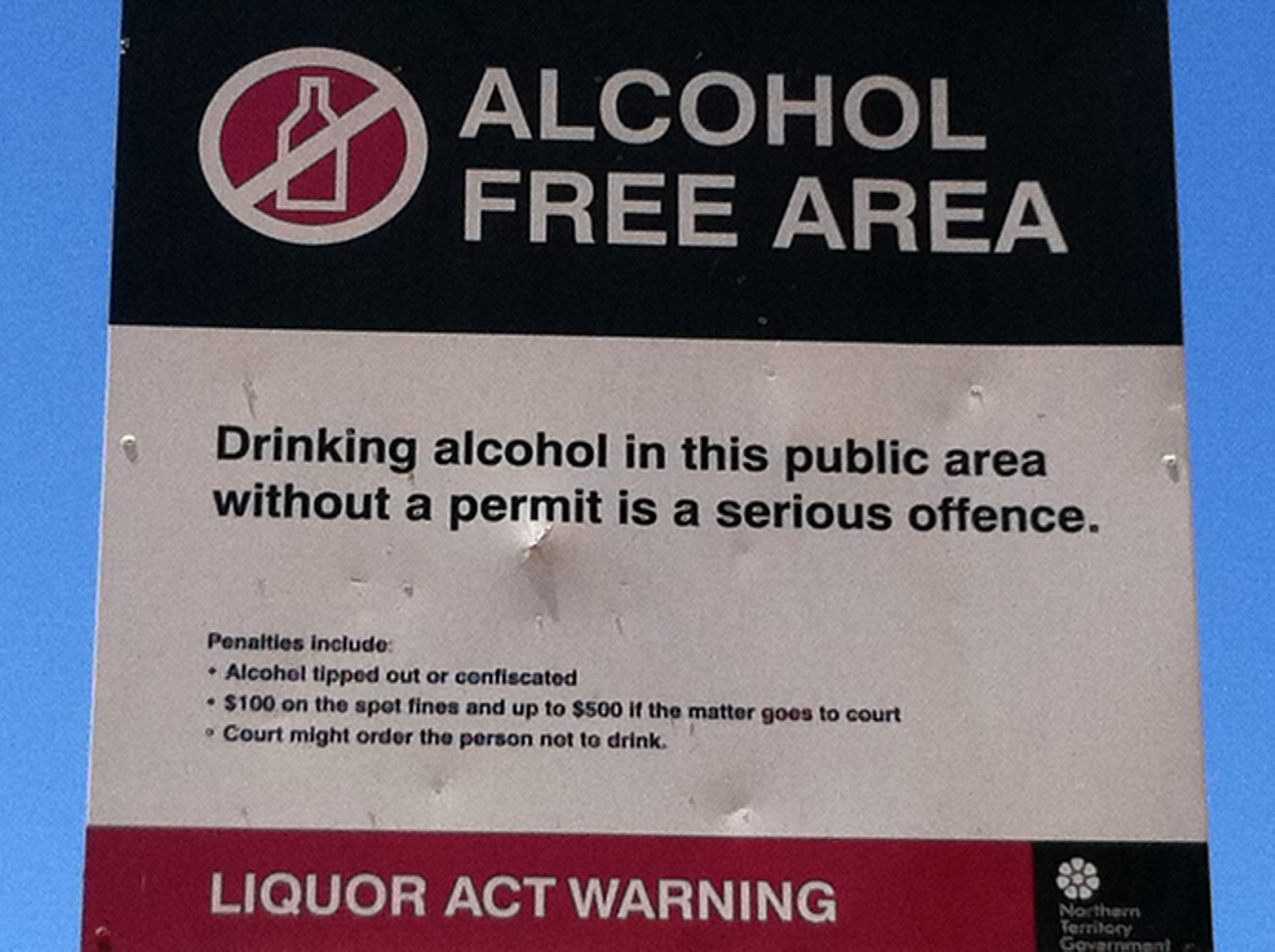 Divieto dell'alcol nelle partite a rischio, le reazioni