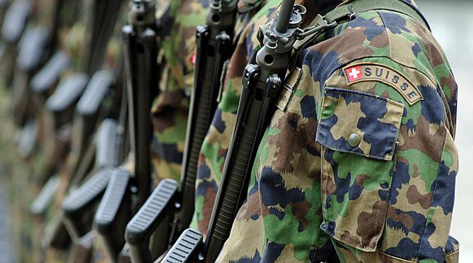 Sì dei Cantoni all'ulteriore sviluppo dell'esercito