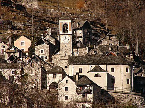 Corippo ne veut plus être la plus petite commune de Suisse