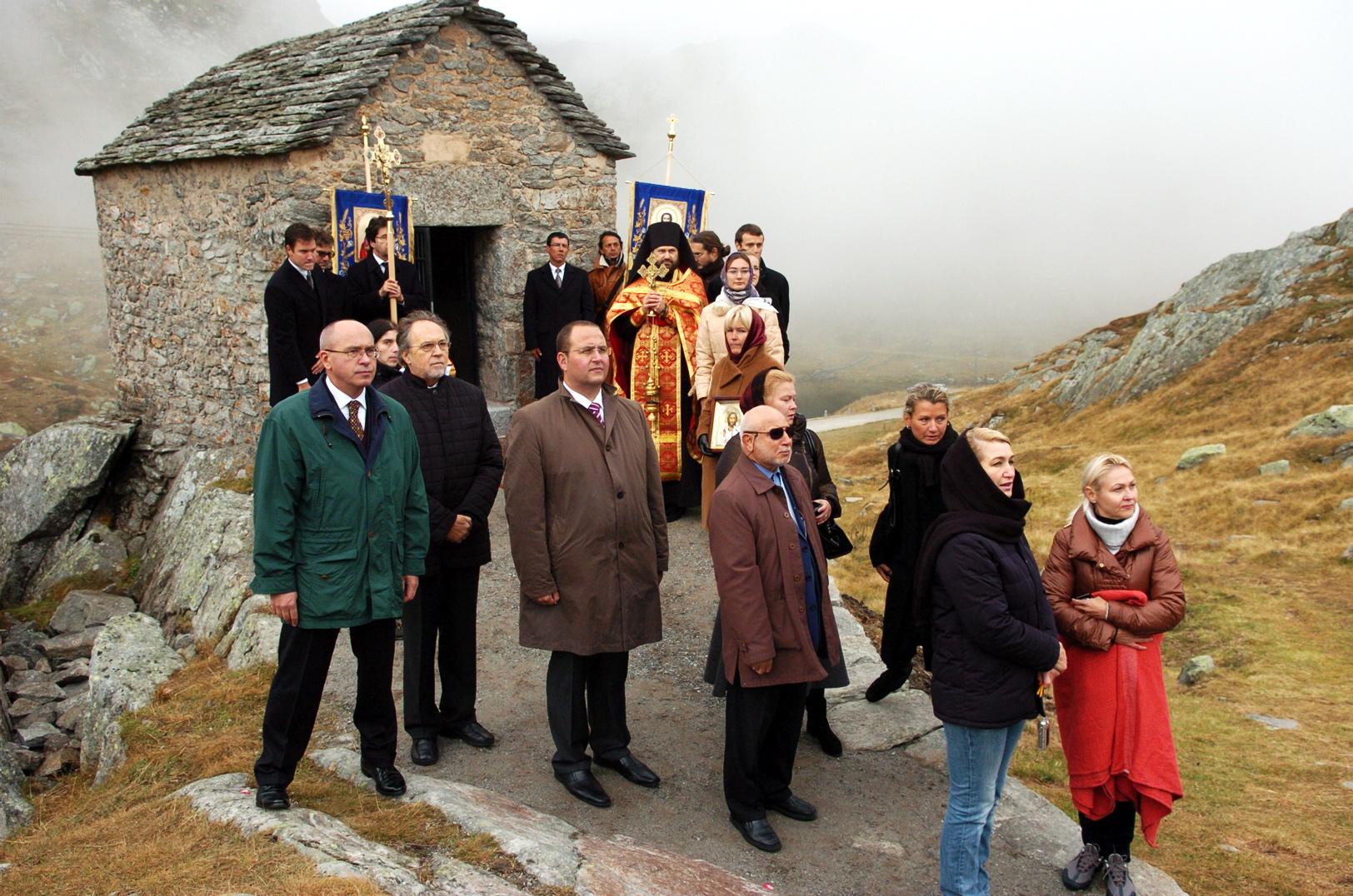 San Gottardo, cerimonia per l'inumazione militi russi