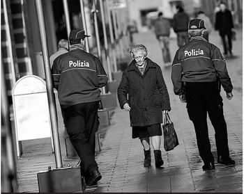 Legge polizia, si parte a settembre